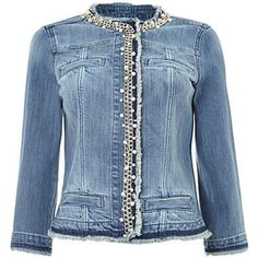 Liu Jo Denim jackets for Women Diy Jeans, Denim And Lace, Chanel Jacket Trims, Jean Outfits, Casual Outfits, Denim Mantel, Diy Vetement, Denim Ideas, Altered Couture