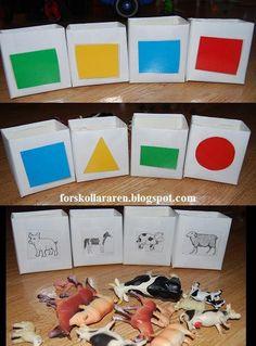 Gjorde dessa sorteringsburkar av gamla mjölkpaket! Låt barnen sortera djur, färger, former och mycket mer! Ypperligt tillfälle för barnen at...