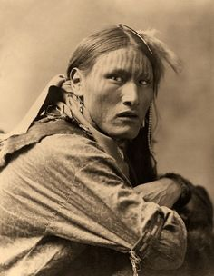 White Belly - Vintage Photography of Native American. Edward Curtis