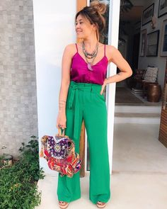 Bow pants and high waisted pants styling ideas – Just Trendy Girls Simple Casual Outfits, Style Casual, Business Casual Outfits, Stylish Outfits, Casual Looks, Cute Outfits, Work Fashion, Fashion Outfits, Fashion Design