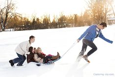 Family Pictures in the Snow #photography #familypictures