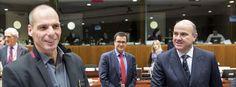 """""""Varoufakis ha escrito una de las mejores autobiografías políticas de todos los tiempos""""El economista y exministro griego relata la sorprendente historia de su encuentro con el establishment europeo"""