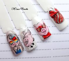 Pig nail art is in a high demand now. The 2019 year is a year of a yellow pig. See the cutest nail designs with this year`s symbol! Pig Nail Art, Pig Nails, Cute Nails, Pretty Nails, Pretty Nail Designs, Holiday Nails, Nail Ideas, Russia, Stickers