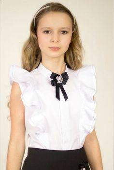 Kids Dress Wear, Little Girl Dresses, Baby Dress, Girls Dresses, School Fashion, Kids Fashion, Vip Dress, Sewing Doll Clothes, Girls Blouse