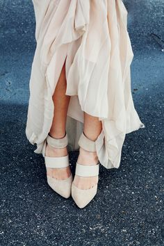 Nude Pleated Skirt & Nude Pumps