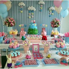 16 Trendy Ideas For Birthday Party Balloons Smash Cakes Smash Cake First Birthday, Baby Girl Birthday, 1st Boy Birthday, Birthday Parties, Fiestas Peppa Pig, George Pig Party, Pig Candy, Ballerina Cakes, Cake Smash