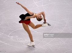 Gracie Gold of the United States skates during the Ladies Short Program at the ISU World Figure Skating Championships at TD Garden in Boston, Massachusetts, March 31, 2016. / AFP / Timothy A. CLARY