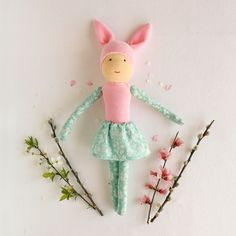These big bunny dolls are perfect for Easter. Big Bunny, Natural Toys, Waldorf Toys, Imaginative Play, Easter Bunny, Kids Playing, Playroom, Kids Toys, Handmade Items