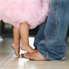 b002c8847ab64 Petits pieds Photo De Famille Originale, Photo Famille, Portraits De  Famille, Futur Bébé