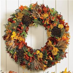 Fall / Autumn Leaves Wreath - no tutorial, just love the size and the colors.