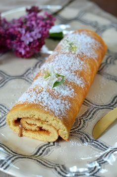 Gâteau roulé à la confiture {recette maison et super facile}