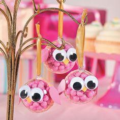 adornos de bhos con bolas de navidad para baby shower