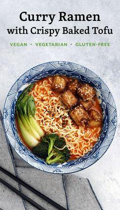 Curry Ramen with Crispy Baked Tofu // vegan ramen, vegetarian ramen, ramen recipes Vegan Soups, Vegetarian Recipes, Cooking Recipes, Healthy Recipes, Vegan Ramen, Vegetarian Cooking, Vegan Pasta, Tofu Ramen, Vegan Food