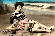 Swimsuit-girls-from-old-Japan-19