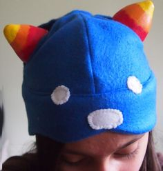 How to make a Nepeta hat from Homestuck. This is really useful! And it looks really great! ---> Update: made this hat, and it's literally purrfect!