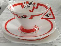 Shelley China Mode Vogue Trio Art Deco Orange 'J' 11739 solid handle RARE