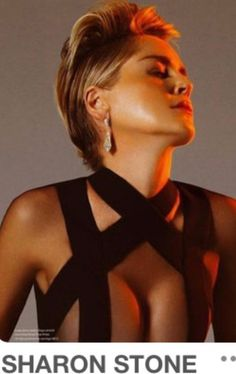 Sharon Stone Hollywood sex symbol of the Sharon Stone Photos, Hollywood Celebrities, Up Girl, Hollywood Stars, Beautiful Actresses, Gorgeous Women, Beauty Women, Movie Stars, Short Hair Styles