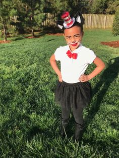 Dr. Seuss Cat in the Hat DIY Costume and face paint.  sc 1 st  Pinterest & Cindy Lou Who DIY Costume Dr. Seuss Halloween | Dr Seuss week ...