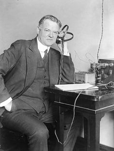 This is a photograph of Herbert Hoover. Hoover became the President Elect in His administration oversaw the beginning of the Great Depression. President Timeline, Our President, Us History, American History, Family History, Old Pictures, Old Photos, Herbert Hoover, Jefferson Davis