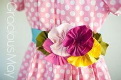 Must make some of these for gifts since I don't have a little girl. :-D