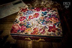 DECU Style - Decoupage blog: Ciąg dalszy - postarzana skrzynka...
