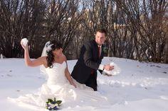 wedding snowball fight