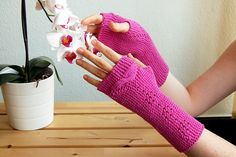 Ravelry: Nachtfalter pattern by You-Shan Feng