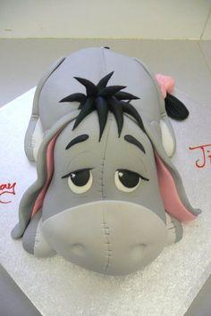cool cake magic...eeyore cake...so cute....