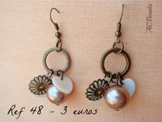 Handmade earrings in vintage-style with real mother-of-pearl charms #ACBEADS - Handmade Jewellery (PORTUGAL)