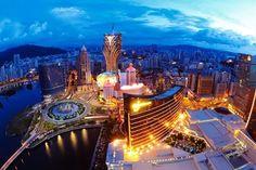 Kampagne gegen Korruption verändert Macau Macau hat gerade in den letzten Jahren mit dem Glücksspielangebot der Stadt von sich reden gemacht. In den Medien hieß es, dass das Glücksspiel vor Ort boomt und Macau dem Glücksspielmekka Las Vegas bereits den Rang abgelaufen hätte.