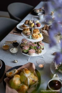 High Tea Sandwiches, Farrow Ball, Table Settings, Table Decorations, Scones, Brunch, Place Settings, Dinner Table Decorations, Tablescapes