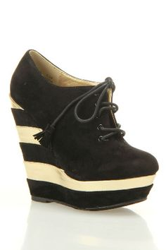 Glamour Wedge Bootie In Black