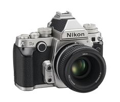 Nikon Df; I only this could be my new DSLR..... This is the equivalent of a state of the art steel racebike in the carbon-era.  I'm in love!