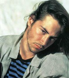 Keanu Reeves - making greasy duckface.