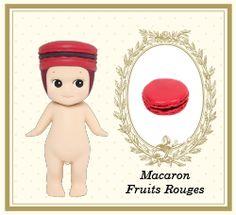 Ladurée Pâtisserie Series Macaron Fruit rouges
