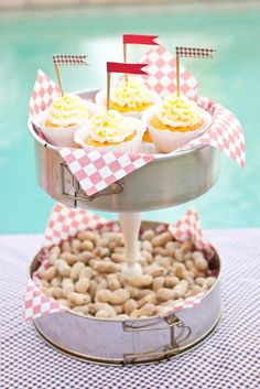 Tiered cake pans, love this!