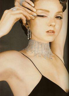 Foto de Lily Cole - Vogue UK, december 2007