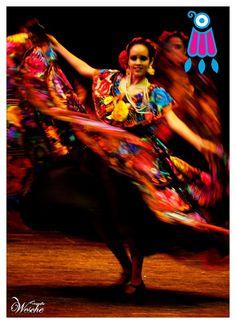 Todos los interesados en formar parte de nuestra familia, Los esperamos en las instalaciones de la UVM en el Blvd. Los Castillos No. 375  Fracc. Montes Azules  C.P. 29050  Tuxtla Gutiérrez, Chiapas, son clases gratis, . Los horarios son de viernes de 6-8 pm, sábado de 4-8 pm y domingos de 10-2 pm, te esperamos. www.itz.com.mx