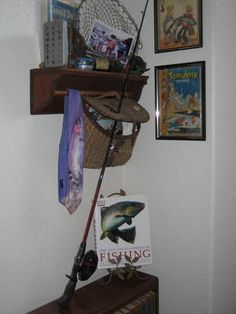 Rustic fishing pole art vintage fishing decorating ideas for Decor zone bedroom