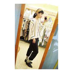 【yao_yao_o】さんのInstagramをピンしています。 《/ 店裡到底進過幾件條紋衣呢? 真的數不清了⋯ 直條、橫條、線條粗細、各種配色、圓領、V領、春夏秋冬、、、 看起來很像但每件又完全不一樣呀~ 最喜歡耐看又百搭的質感美衣了! / Facebook🔍:日日之森 Line帳號:@fmv3839d / #日日之森 #台湾 #台南 #服飾 #韓貨 #新品 #上架 #秋 #穿搭 #森 #復古 #clothes #little #shop #store #shopping #ootd #outfit #today #look #style #girl #snapshot #instagood #instadaily》