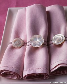 button napkin rings - This looks so easy...