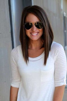 discreetly-angled-bob-hairstyles-long-inverted-bob-on-pinterest-inverted-bob-long-angled-bobs.jpg (426×640)