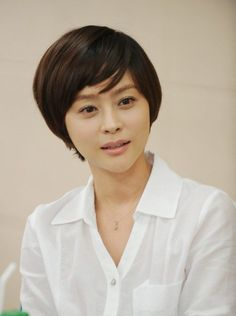 Woo Hee-jin (우희진) - Picture @ HanCinema :: The Korean Movie and Drama Database Woo Hee Jin, Jin Photo, Photo Galleries, Korean, Actresses, Gallery, Girls, Model, Female Actresses