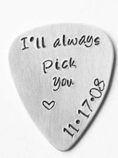 Birthday Gifts For Best Friend, Best Friend Gifts, Custom Guitar Picks, Diy Crafts Hacks, Diy Gifts For Boyfriend, Birthday Nails, Diy Presents For Boyfriend, Gifts For Best Friends, Birthday Nail Designs