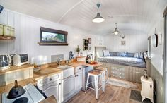 Shepherds Keep is a fusion of old English and Scandinavian design resulting in a very calming and stunningly finished Shepherds hut.