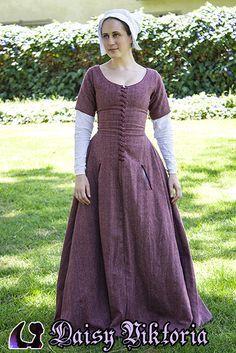 94ab4270d25 Pink Wool Kirtle Faerie Queen Costuming Tenue Médiévale