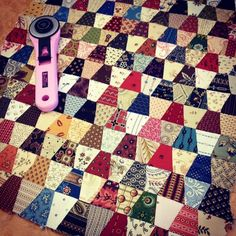 Have 8 rows of 100 thimbles complete. Goal is to make 100 rows. Just using up scraps as I go. Miniature Quilts, Miniature Dolls, Small Quilts, Mini Quilts, Tumbler Quilt, Skinny Quilts, Scrap Busters, Bonnie Hunter, Basket Quilt