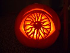 creative pumpkin carvings | Eye Ball Scary pumpkin carving Ideas Holiday and Event DIY Project Ideas and Tutorials | Project Difficulty: Simple | DIY Holiday Decor And Recipe Ideas | www.MaritimeVintage.com | #diy #holiday #halloween #thanksgiving #christmas #spring #summer #winter #fall