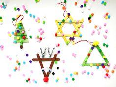 Knutselen voor Kerst: Kerstboom hangers van ijsstokjes