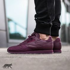 Reebok Classic Leather BS *Mystic Maroon* | EU 41 – 46 | 99€ | shop: asphaltgold.de | Never go out of style. Soft garment leather upper gives you superior comfort. Die-cut EVA midsole provides lightweight cushioning. Moulded PU sockliner adds comfort and durability. #asphaltgold #sneakerstore #darmstadt #germany #sneaker #sneakers #streetwear #kicks #wdywt #smyfh #kotd #womft #todayskicks #sneakeraddict #sneakerfreak #sneakerfreakermag #sneakersmag #praise #reebok #reebokclassic #classics…